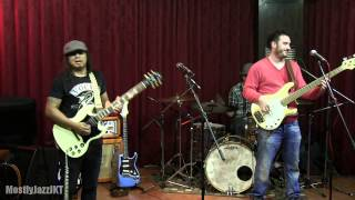 Gugun Blues Shelter - Woman Across The River @ Mostly Jazz 15/02/14 [HD]