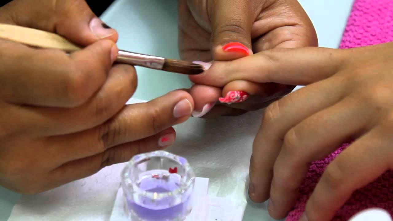 Reconstrucción de uñas mordidas - YouTube