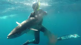 Spearfishing for Big Snapper out Deep - Freediving RED SNAPPER Day 1