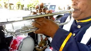 Video belajar bermain trompet lagu perjuangan untuk marching  dan drumband korsik maju tak gentar