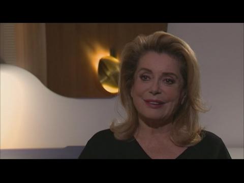 Cannes 2017 : Simone, 100 ans et 70 festivals à son palmarès !de YouTube · Durée:  2 minutes 13 secondes
