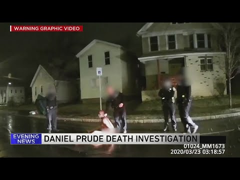 Mayor of Rochester, NY suspends officers involved in Chicago man's suffocation death
