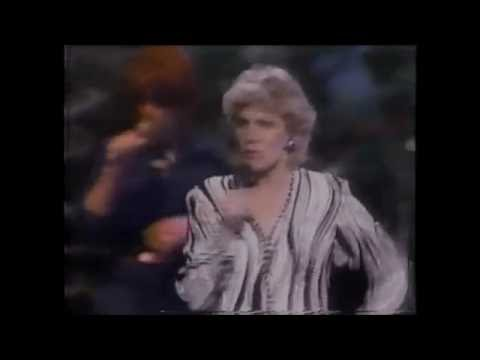 Anne Murray - You Won't See Me -
