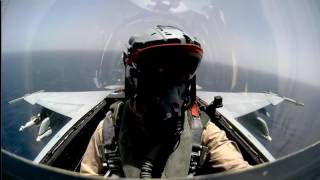 Amazing F 18 Super Hornet Cockpit Footage Low Level High Speed Flying.