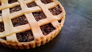 Mincemeat Tart - Basically, its a large mince pie and easy to make!