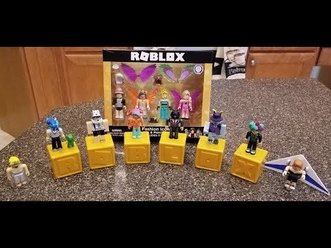 Roblox Toys Gold Celebrity Series Blind Boxes First