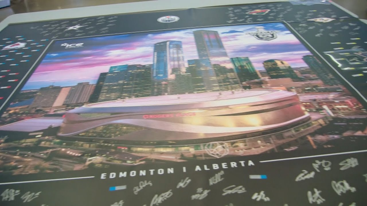 Inside the Bubble: Western Conference players sign poster