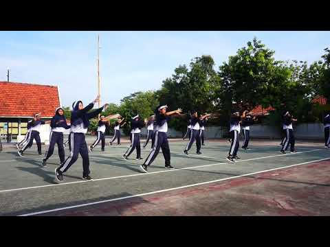 Ujian Praktek Senam Aerobik SMAN 1 Surabaya XII MIPA 1 Kelompok Genap Tahun Ajaran 2018-2019