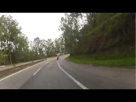 CANAL DO MUMU - TIO SUICIDA NUMA CB300, DEIXA TODO MUNDO PRA TRAS NAS CURVAS DA FERNAO EM MG
