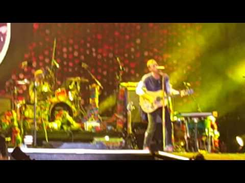 YELLOW - COLDPLAY ABU DHABI CONCERT 2016