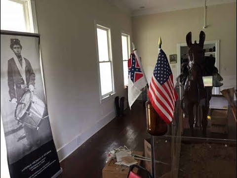 Confederate flag removed, then Civil War museum closes