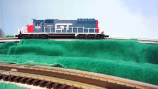 Grand Trunk Western SD40 diesel-electric locomotive. Needs electronics adjustment.