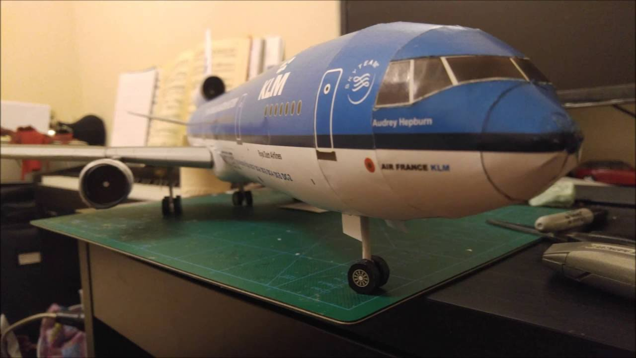 Papercraft KLM MD-11 Paper model