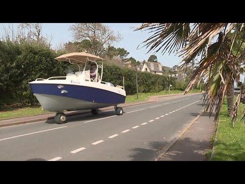 شاهد: قارب -ترينغا- من البر إلى البحر  - نشر قبل 55 دقيقة