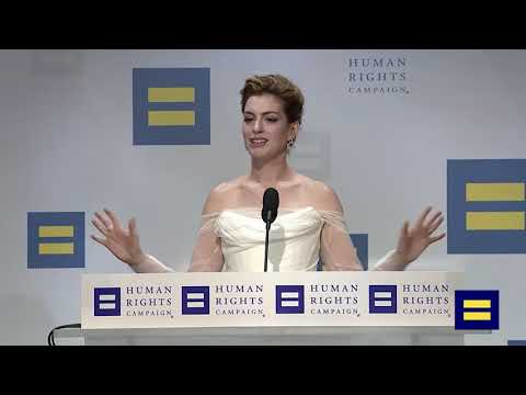 Anne Hathaway Human Rights Campaign full speech - YouTube