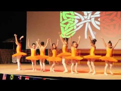 Initiation à la danse classique enfants GALA 2015 avec Marseille Danse Academy