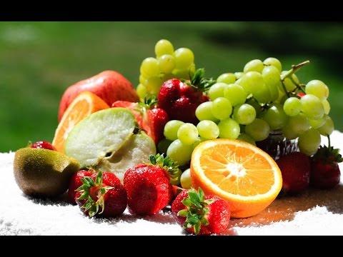 Вопрос: Как отбелить кожу лица с помощью фруктов?