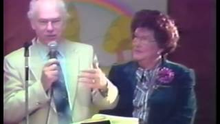 Video How to Minister the Baptism with the Holy Spirit download MP3, 3GP, MP4, WEBM, AVI, FLV Desember 2017