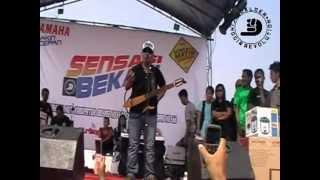 Doel Sumbang - Bulan Batu Hiu (live in Setu, Bekasi)