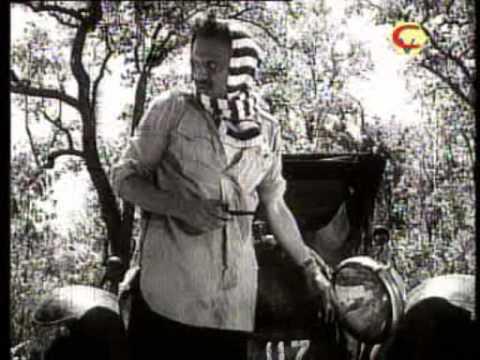 A scene from Ritwik Ghatak's Ajantrik