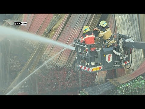Füllinsdorf BL: Grossbrand in Gewerbehalle sorgt für Feuerwehreinsatz