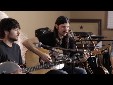 The Avett Brothers - Souls Like The Wheels (Live at Headquarters)