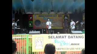 LARVA BAND (Junior Jogja) Ku Tak Mau @sriwedari solo Koes Plus