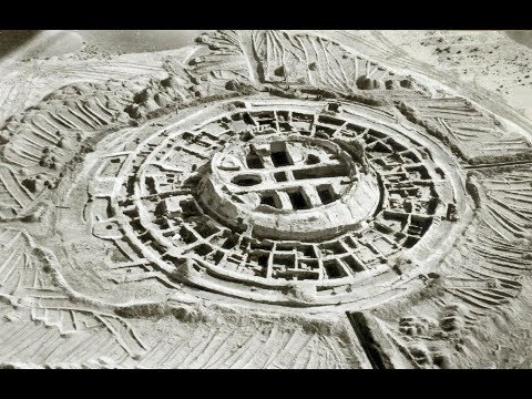 UFOS, PYRAMIDS, TWO-HEADED SPHINX AND LOST CITIES: MYSTERIOUS UZBEKISTAN
