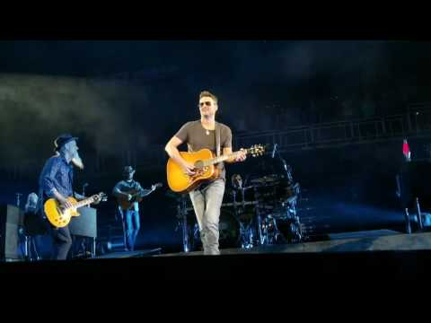Eric Church - Walk Softly On This Heart of Mine 5/27/2017 Louisville KY