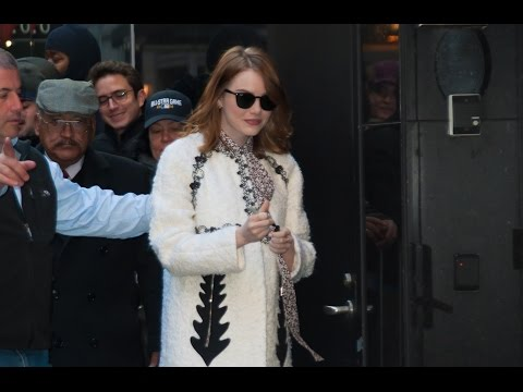 Emma Stone's New Movie Ruined Karaoke For Her | Splash News TV