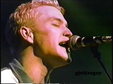 Blink 182 - 1997-12-05 Los Angeles, CA