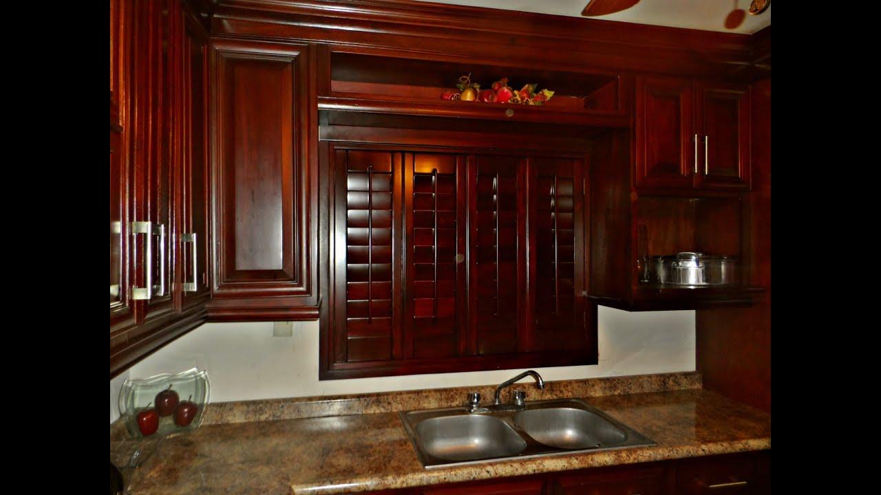 Video shutters de madera para cocina ba os youtube - Cajoneras de cocina ...
