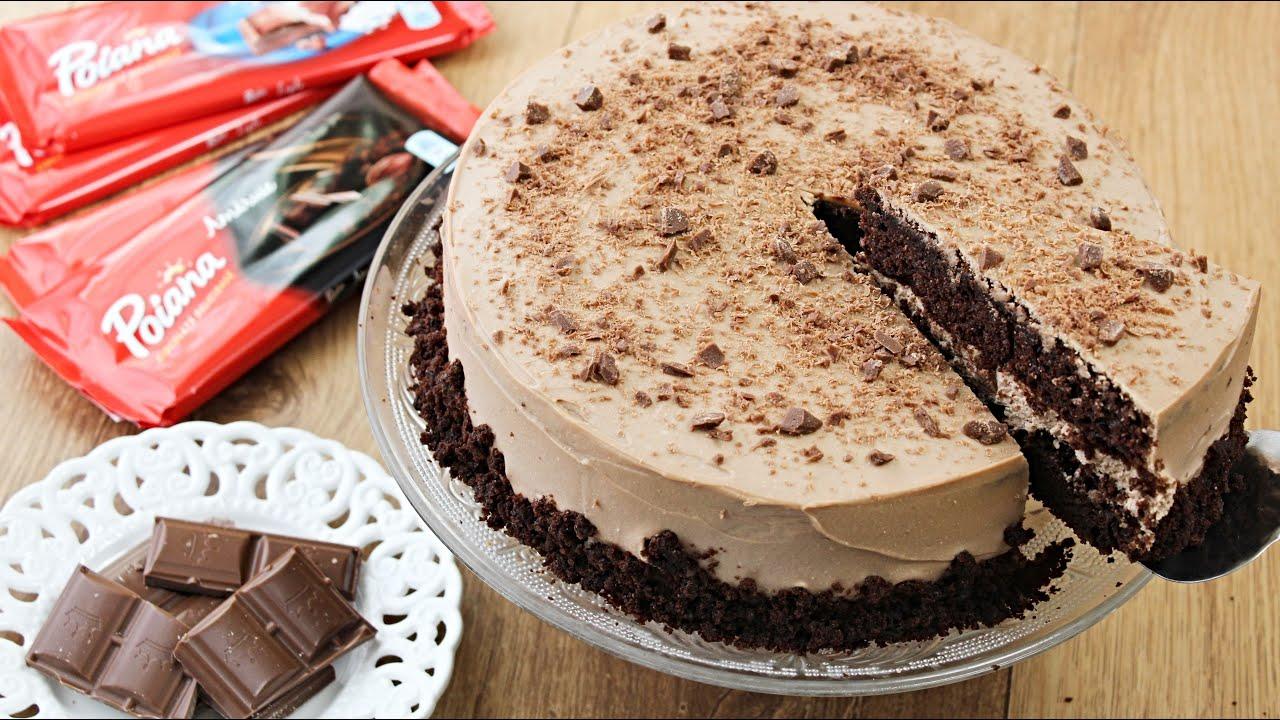 Tort cu blat umed si crema de ciocolata amaruie. Delicios si usor de facut!
