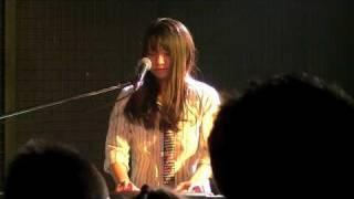 初めてのワンマンライブ SENSATIO NaRu LIVEより.