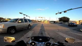 Manejando Moto y cotorriando nada mas!