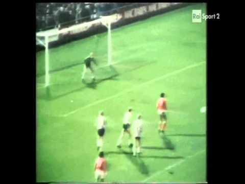 1977 (November 2) B 1903 Copenhagen (Denmark) 0-Benfica (Portugal) 1 (Champions Cup).wmv