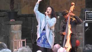 Mayra Andrade - Ámame como soy - Live in Holland (7/12)