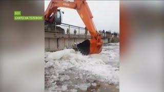 Талые воды и река продолжают топить райцентр Бея в Хакасии