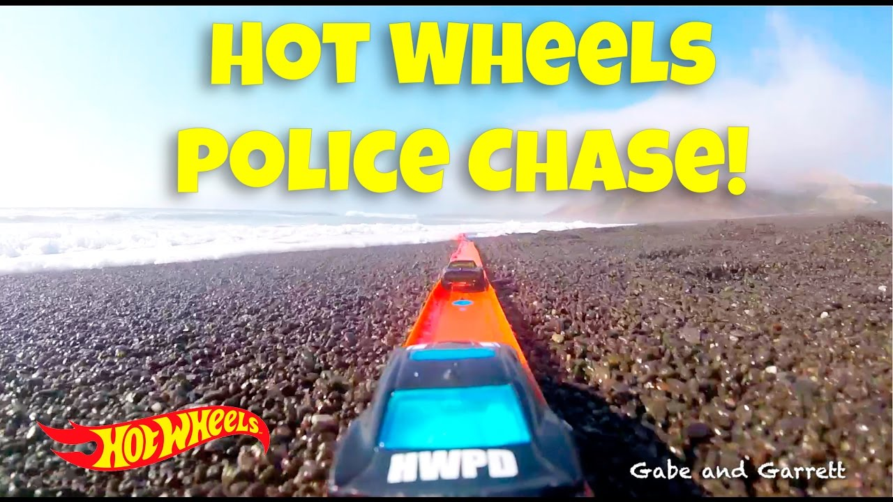 Hot Wheels Pd Police Chase The Robber Doovi
