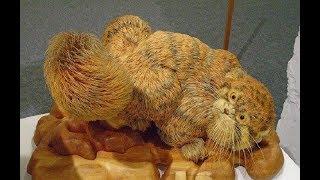 А вы поняли что они не настоящие? Сибиряк создаёт реалистичные скульптуры животных