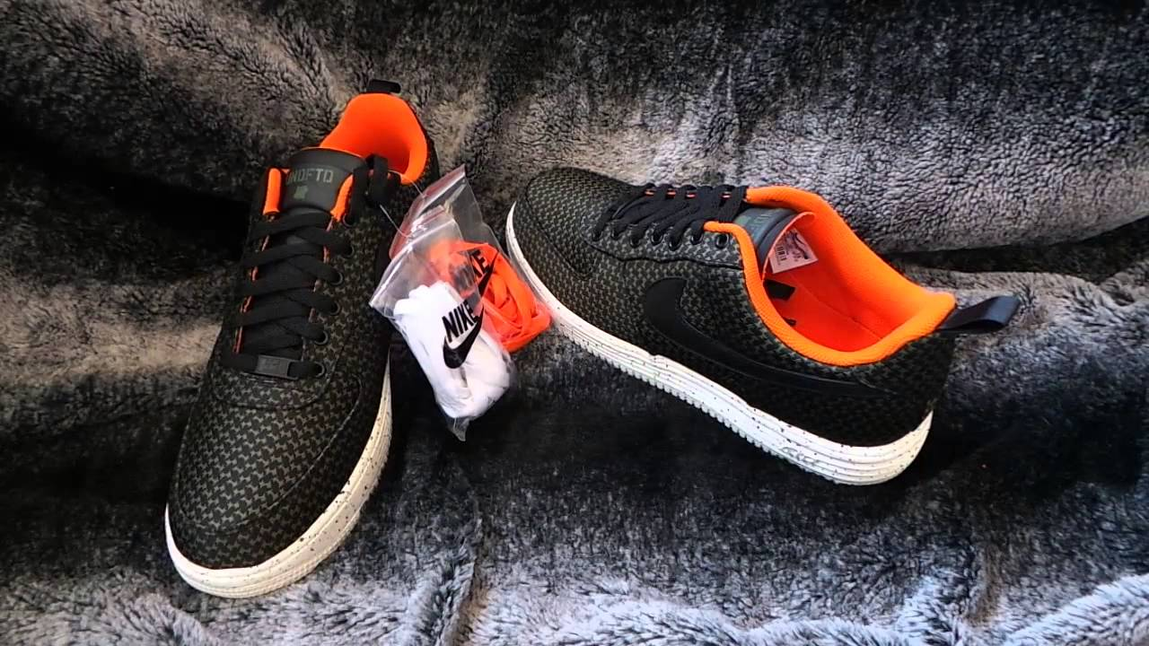 outlet store 4f406 12abb Undefeated Lunar Force 1 Low
