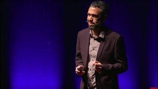 A UNIVERSAL CROSSROAD THROUGH A WILDLIFE PHOTOGRAPHER'S LENS | Roie Galitz | TEDxWexford