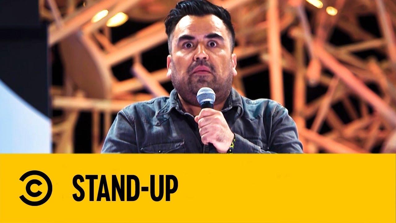 Tengo Que Matar a mi Abuelita | Huevo Barrientos | Stand Up | Comedy Central México