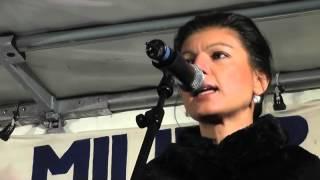 Sahra Wagenknecht: Kein Bundeswehreinsatz in Syrien - Demo 03.12.2015 Berlin