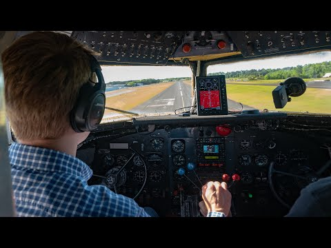 How to Fly the Douglas DC-3