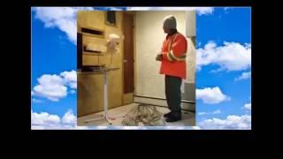Видео прикол Смешное видео Как попугай ругает мужика!