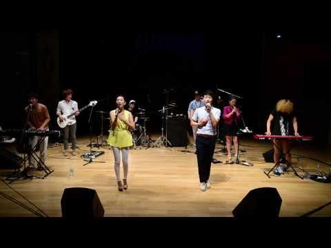 국악퓨전밴드 '억스의 춘향가'(Korea Traditional Music Fusion Band 'Chunhyangga of AUX ')