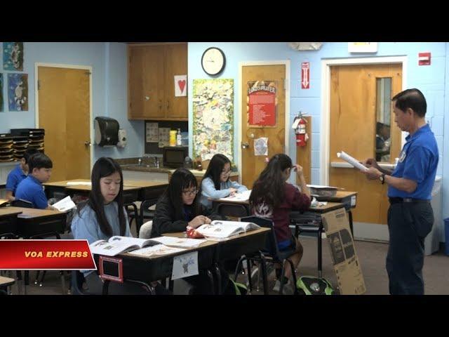 Một ngày học tiếng Việt của trẻ em gốc Việt ở hải ngoại (VOA)
