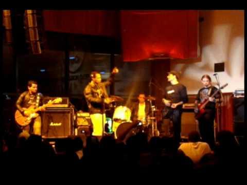 OSSOS DO BANQUETE - HARD ROCK CAFÉ / Música: Gotham City