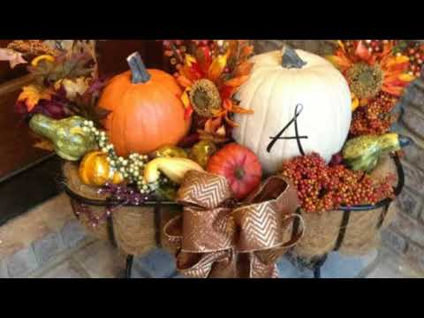 Cozy Thanksgiving Porch Decor Ideas | Thanksgiving Inspiration |  fall decor
